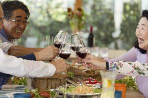 シニア婚活パーティーを選ぶポイントとは?パートナーに出会えるコツをご紹介